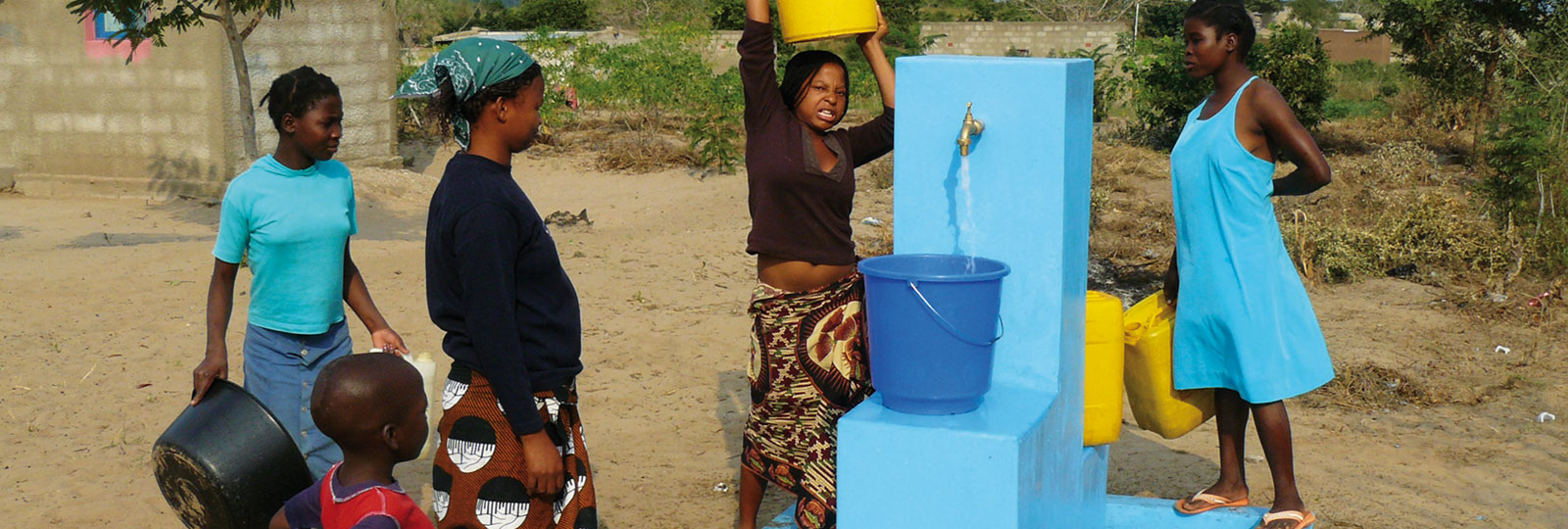Drinking water in Mozambique